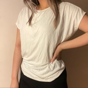 3/$10✨ uniqlo plain white shirt